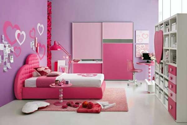 Amenajarea locuintei in Culori aprinse - camera roz a fetitei